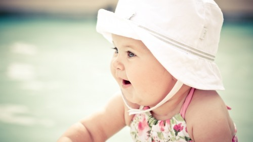 cute_baby_with_hat-1920x1080.jpg
